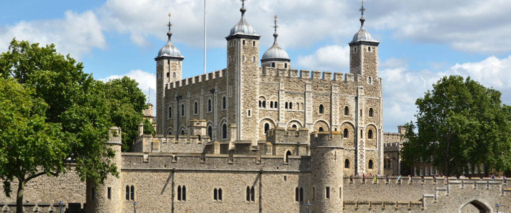 the tower of london from the river